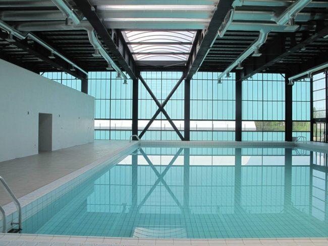 piscina-universitatii-arhitectura-02